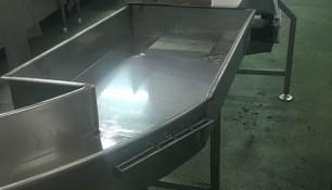 Bañera en inoxidable 316 alimentario, con patas regulables, para industria cárnica