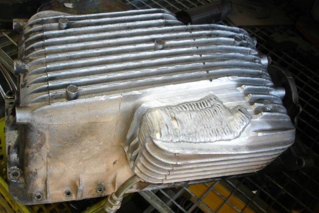 Soldadura de carter de aluminio, se comprueba que no pierde antes de entregar al cliente