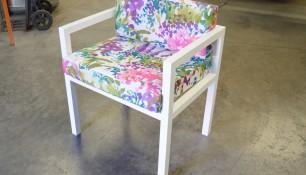 Fabricación de muebles metálicos de aluminio y acero inoxidable. Mesa para particular en inoxidable.