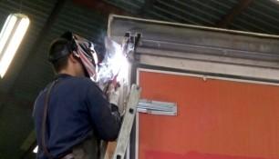 soldaduras especiales Valencia. Reparación de caja camión