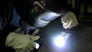 Micro TIG en moldes de inyección, exento de poros