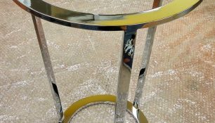 mesa cromada